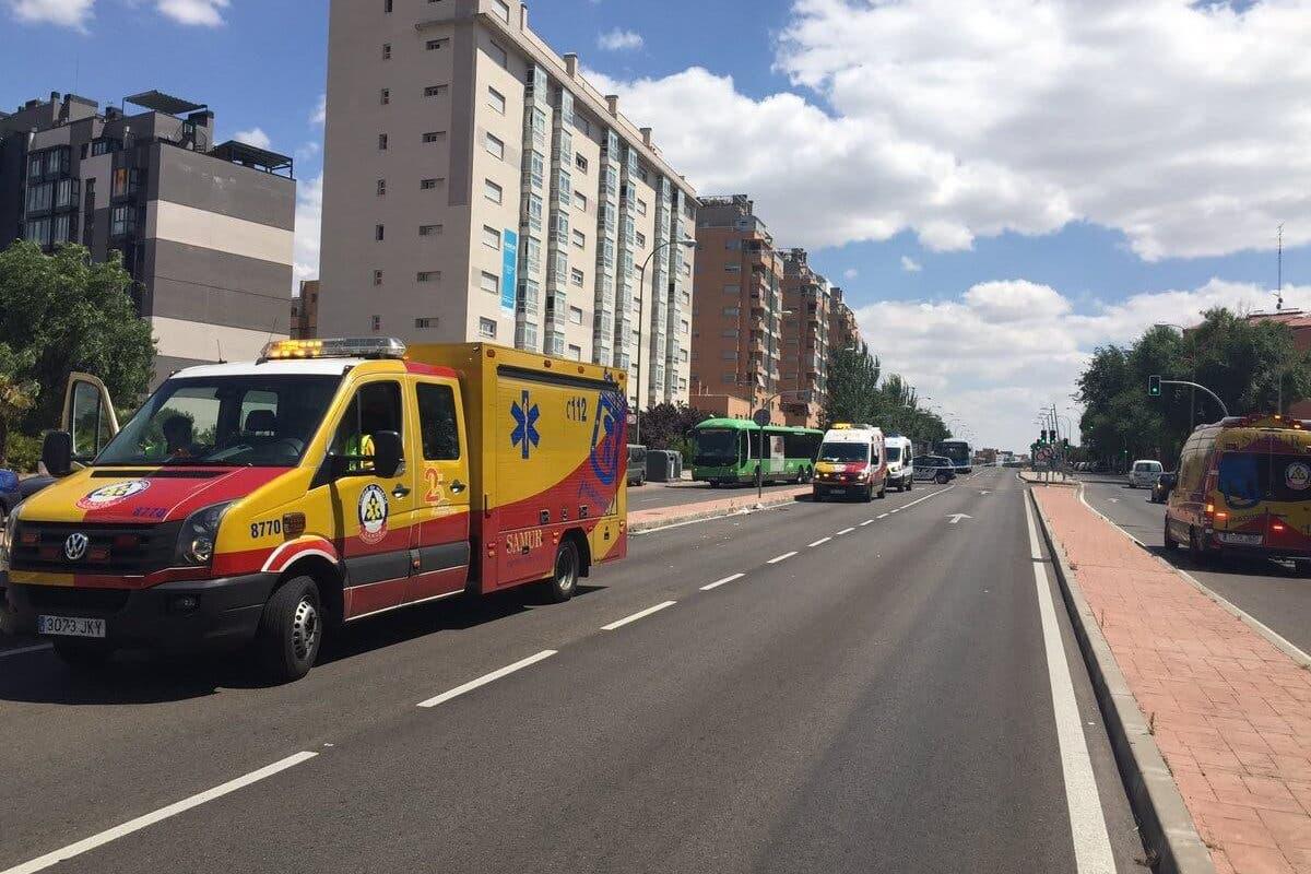 En estado crítico una mujer atropellada por un autobús interurbano