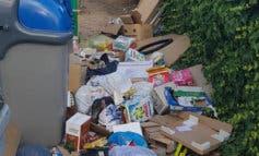 Alcalá de Henares sigue acumulando basura en sus calles