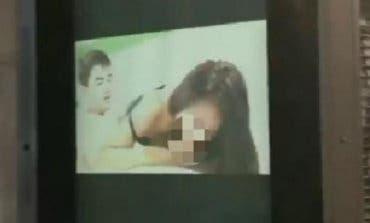 Hackean una pantalla de publicidad en Madrid con un vídeo del «Niño Polla»