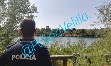 Sorprendido pescando por la noche en Velilla un hombre en busca y captura