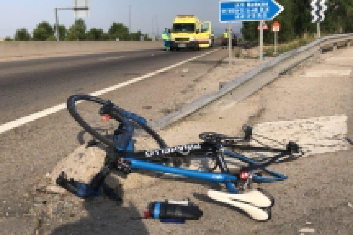 Herido grave un ciclista tras ser atropellado en la M-505