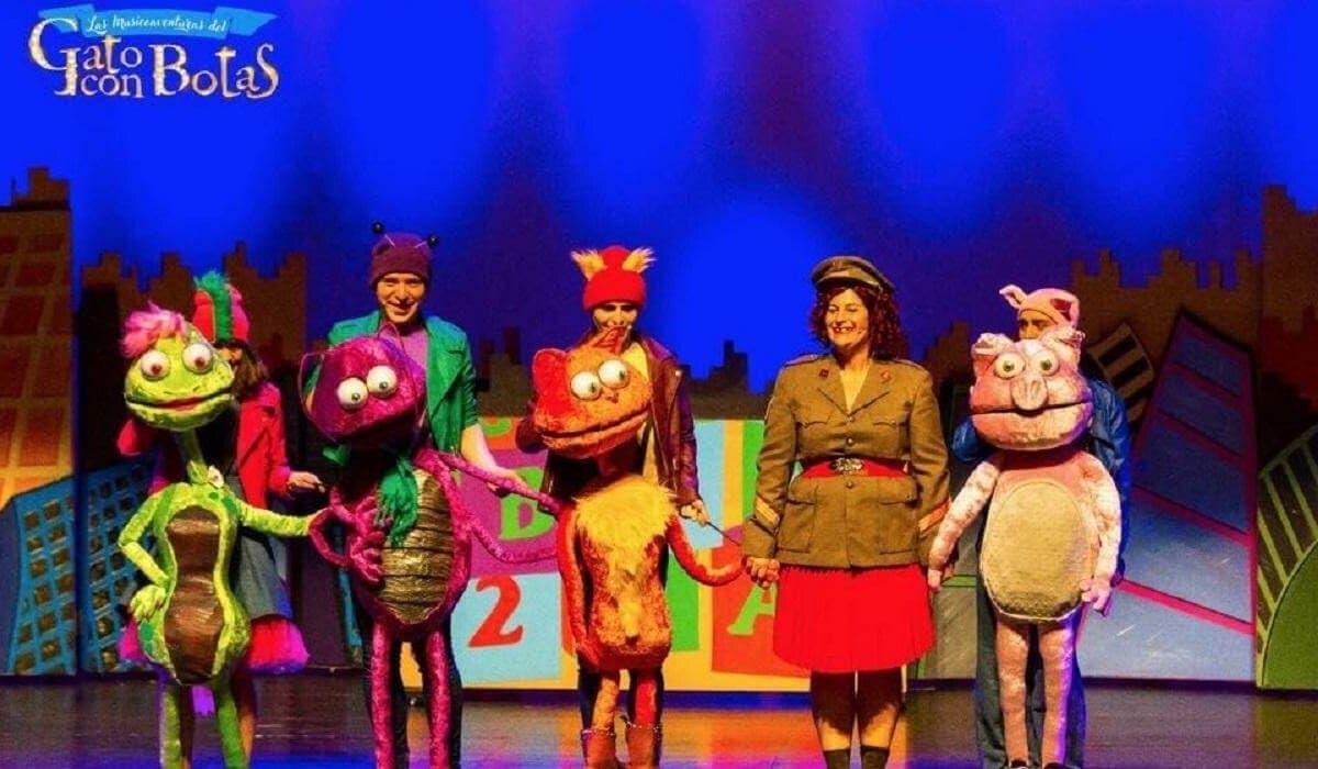 El anfiteatro del Lago de Coslada acoge el musical El gato con botas
