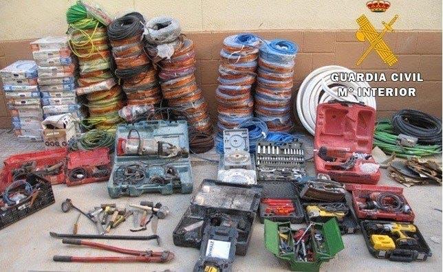 Detenidos en Mejorada y Loeches por robos en naves industriales