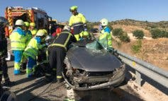 La Guardia Civil busca a un conductor huido a pie tras un accidente en la M-317
