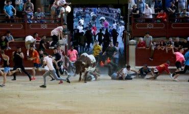 Cuatro heridos en el primer encierro de Leganés, uno por asta de toro