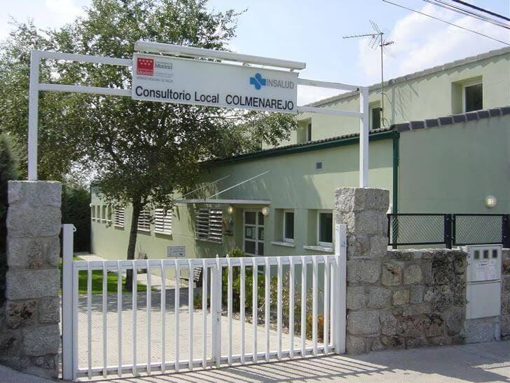 Un pitbull ataca a cuatro personas a las puertas de un centro de salud