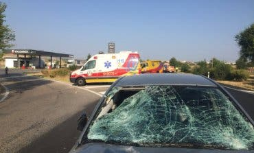 Detenido tras atropellar a dos empleados de gasolinera en la carretera que une Mejorada y Vicálvaro