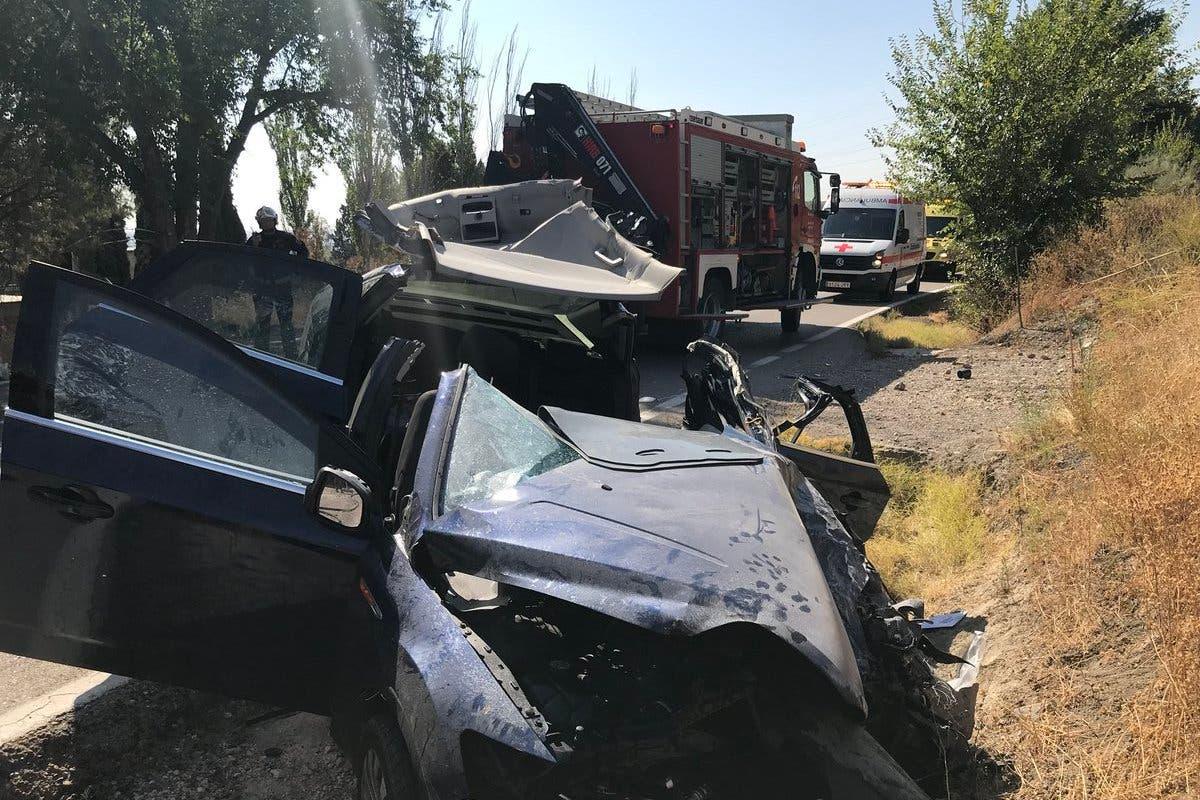 Grave accidente entre un coche y un camión en Rivas