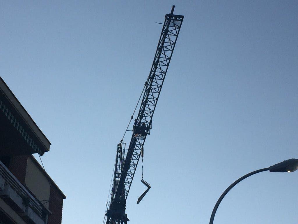 Muere un obrero en Ciudad Lineal aplastado por sacos de cemento