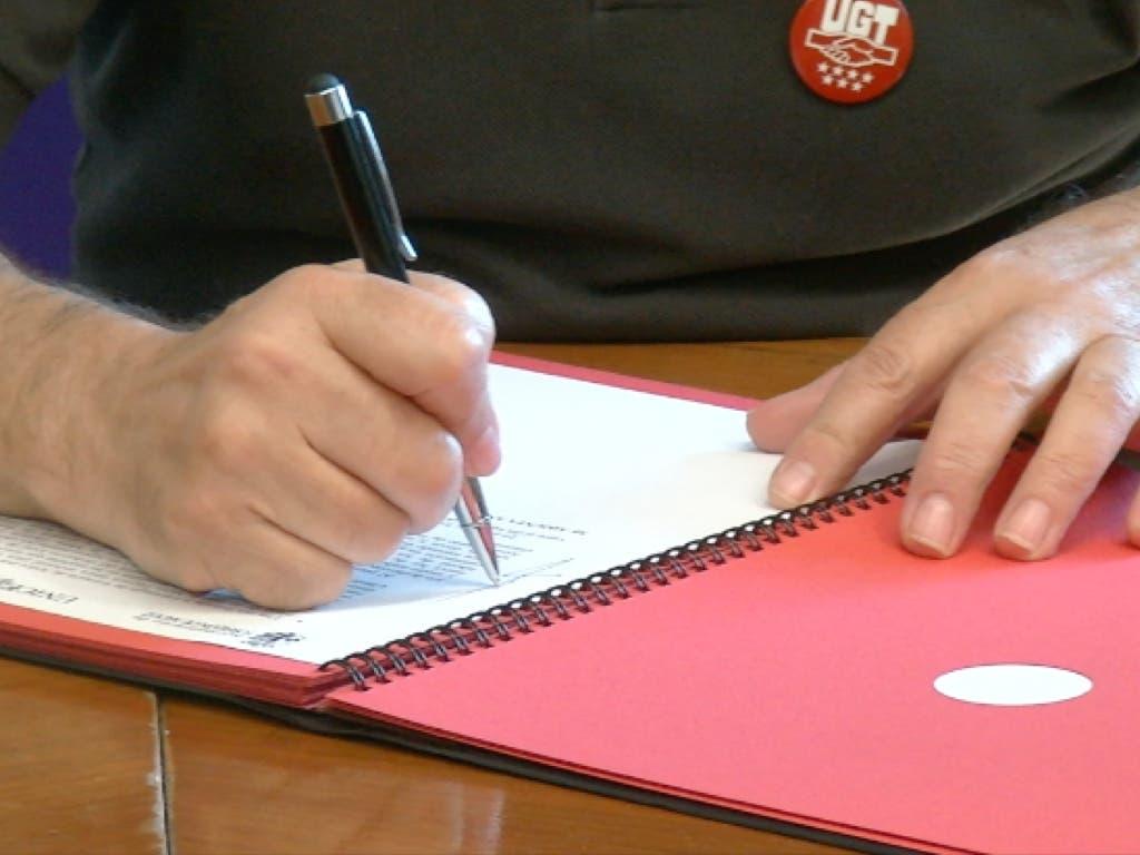 Sale adelante un importante acuerdo por el empleo en Torrejón