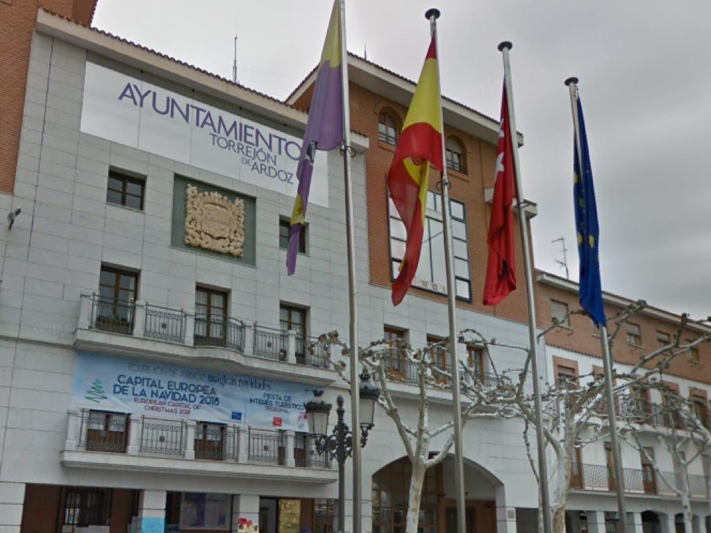 Torrejón contrata a 110 desempleados de larga duración