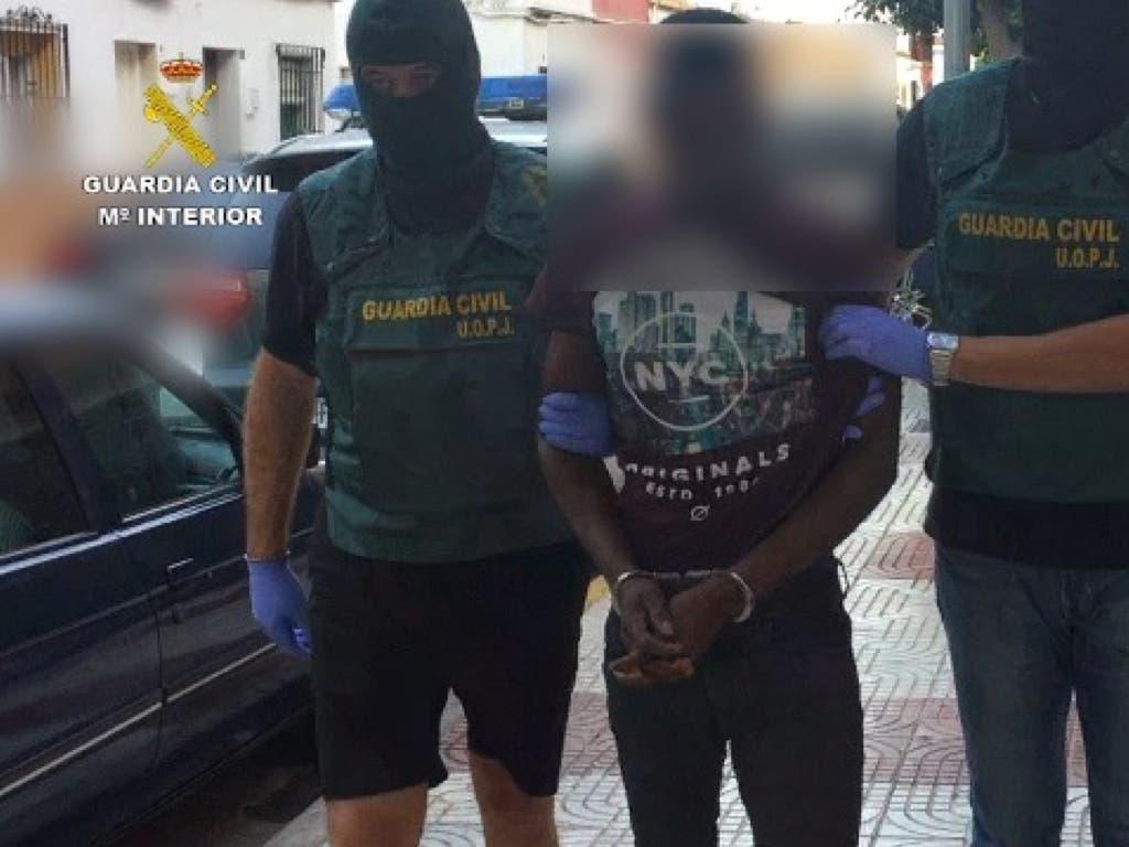 Detenido en Barajas el asesino de la mujer hallada en un vertedero de Almería