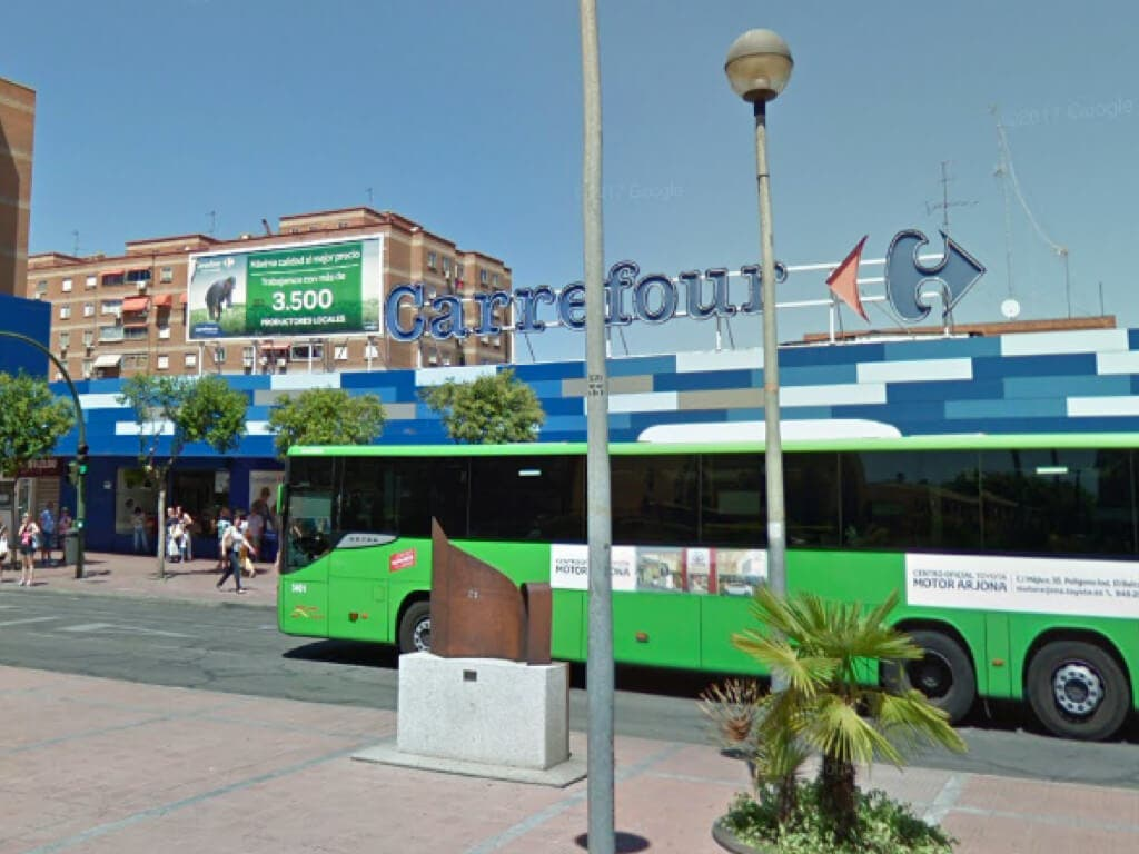 Asociaciones de vecinos de Alcalá de Henares rechazan la apertura de un Carrefour 24 horas