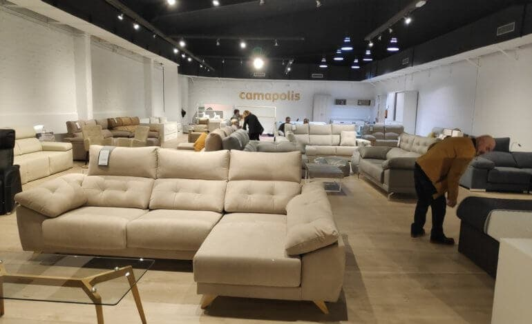 Inaugurada en Ajalvir la mayor tienda de descanso de España