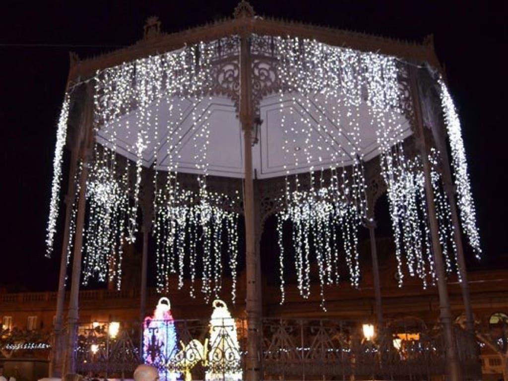 Alcalá de Henares se salta la ley para contratar las luces de Navidad «a dedo»