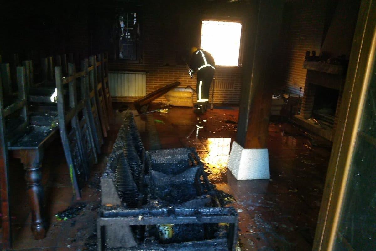 Cuatro heridos en el incendio de una vivienda en Guadalajara