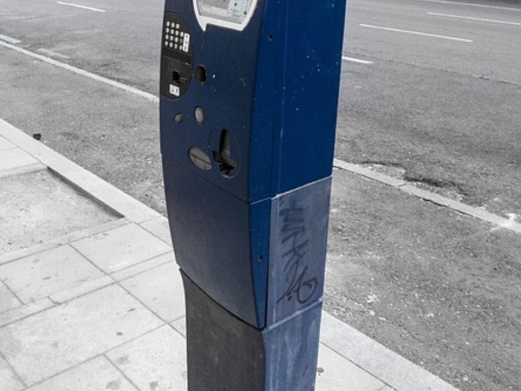 Alcalá de Henares no cobrará a los residentes por aparcar en zona azul