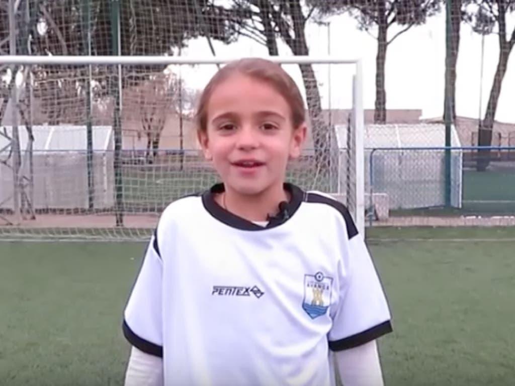 Las niñas del CD Avance de Alcalá de Henares piden respeto