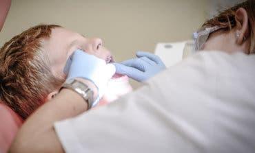 Así es la nueva ley que ofrece dentista gratis hasta los 17 años en Madrid