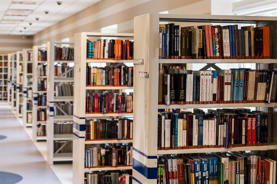 Coslada y Arganda se suman al Carné Único de Bibliotecas de la Comunidad de Madrid