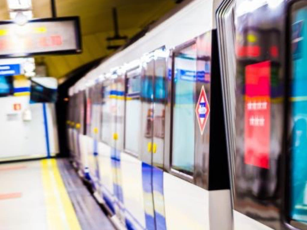 Se refuerza el servicio de Metro de Madrid por el Black Friday
