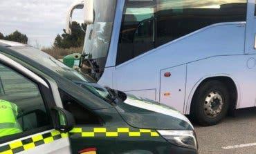 Un conductor de autobús escolar da positivo en drogas en Villalbilla