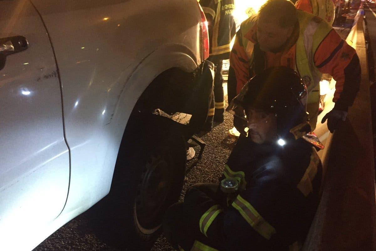 Un motorista grave tras ser atropellado por un todoterreno en la A6