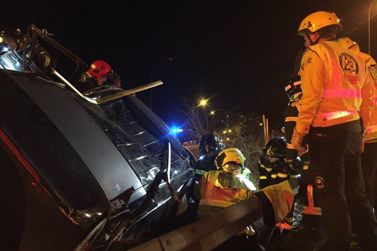 Aparatoso accidente de tráfico en la M-11, sentido aeropuerto
