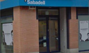 Atraco a punta de pistola en Alcalá de Henares