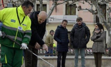 Alcalá de Henares inicia la limpieza intensiva de las calles a pocos meses de las elecciones