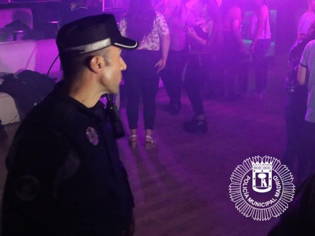 Desalojado un local en Madrid con 48 menores consumiendo alcohol