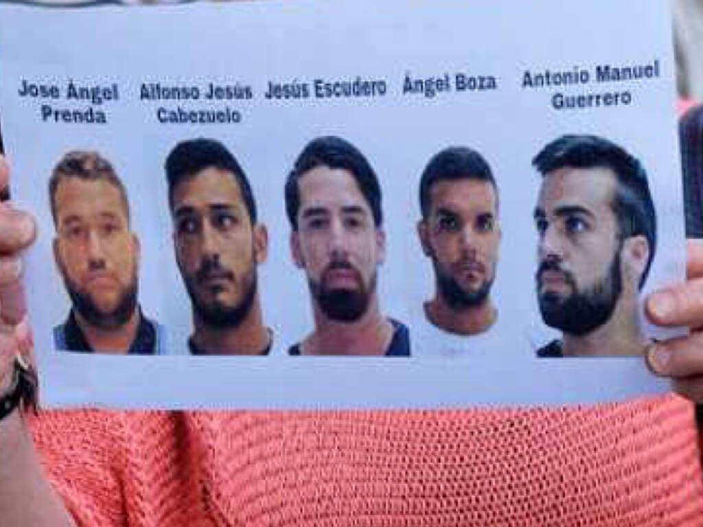 Los miembros de La Manada seguirán en libertad provisional