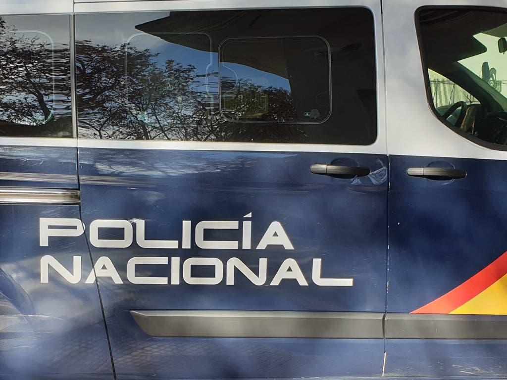 Hallan el cadáver de una mujer asesinada tras unos setos en Valdezarza