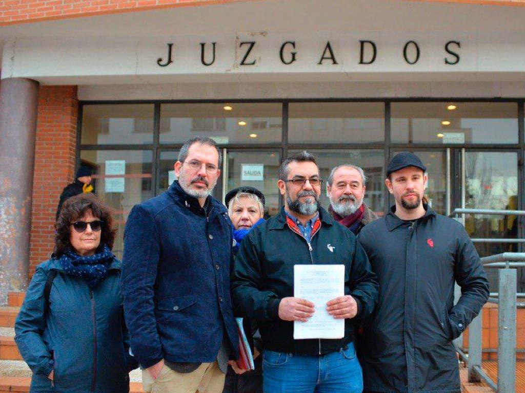 Torrejón niega irregularidades ante la querella «política» de Podemos