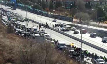 La Comunidad de Madrid no cederá a «ningún chantaje» de los taxistas