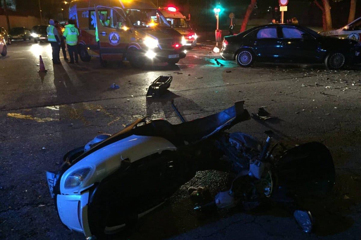 Herido muy grave un joven de 25 años tras sufrir un accidente de moto en San Blas