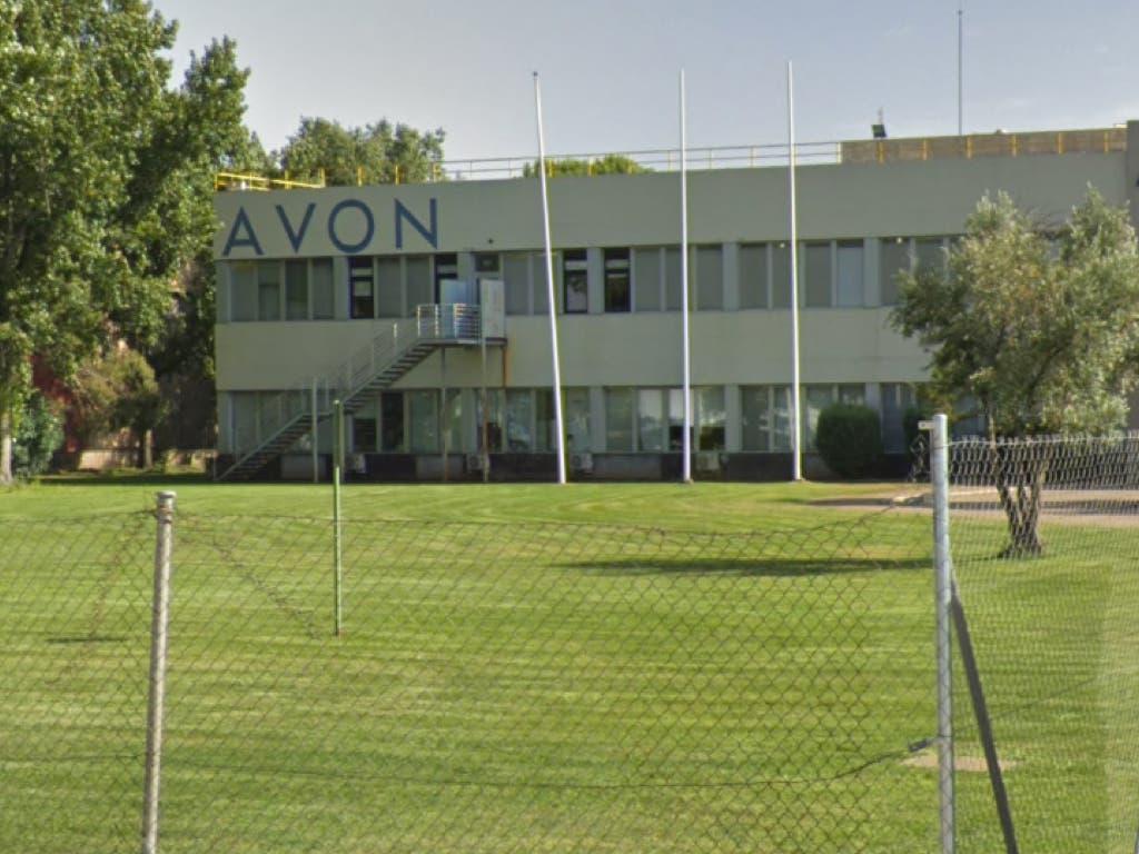 Avon readmite a los dos delegados sindicales despedidos en Alcalá de Henares