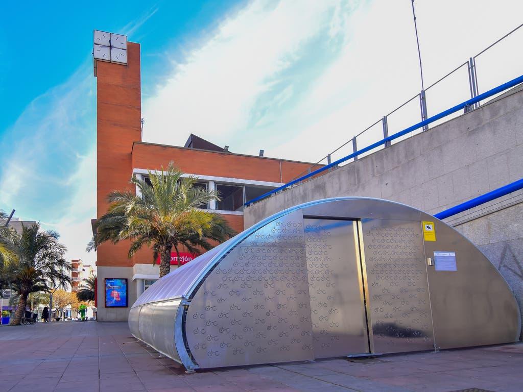 Torrejón estrena el primer parking inteligente para bicis de Madrid