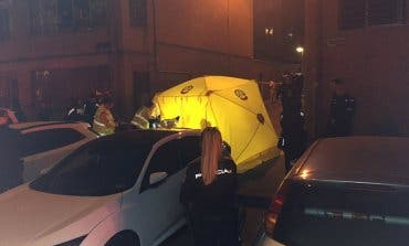 Muere apuñalado un hombre en una reyerta en Vallecas