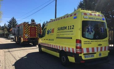 Rescatan a una mujer en Eurovillas tras caerse de una escalera