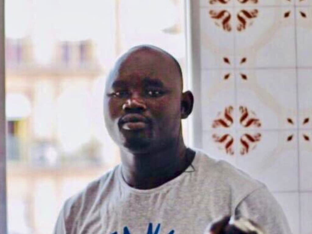 El Sindicato de Manteros convoca una concentración en recuerdo de Mbaye