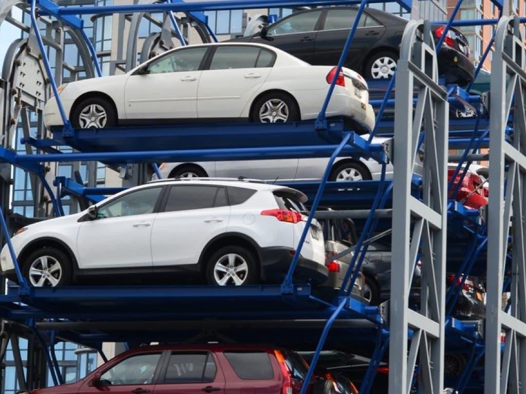 Azuqueca estudia implantar un parking inteligente en la estación