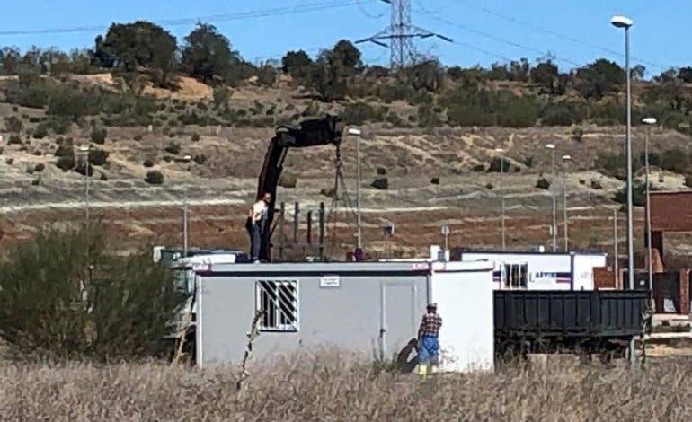 Llegan las máquinas para construir el instituto de Loeches