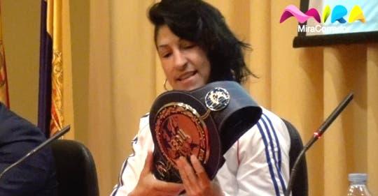 Torrejón rinde homenaje a Miriam Gutiérrez, luchadora en la vida y en el ring