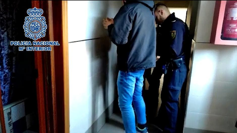 Desmantelados en Alcalá de Henares dos narcopisos abiertos 24 horas