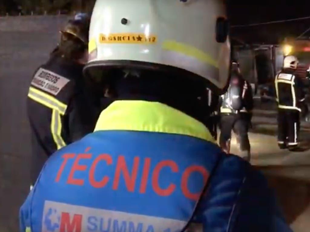 Un incendio de chabolas deja 14 intoxicados en Navalcarnero