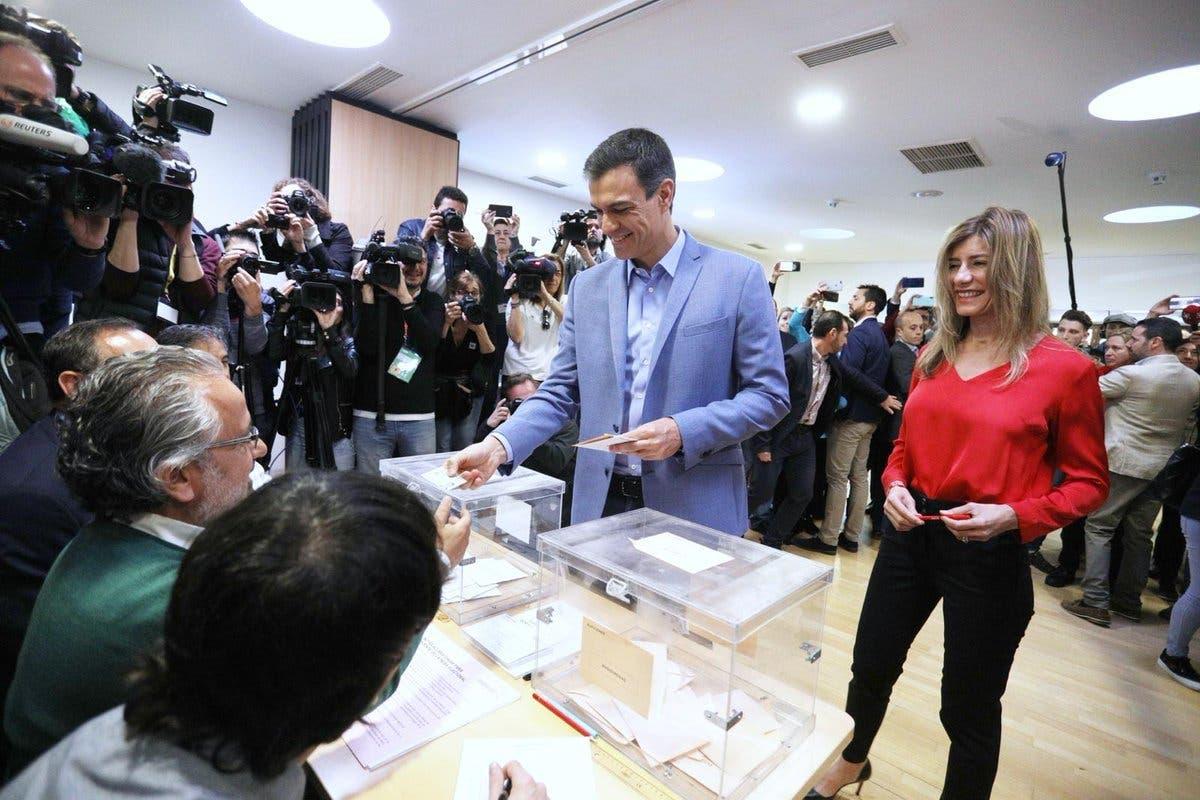 El PSOE gana las elecciones pero necesita apoyos para gobernar