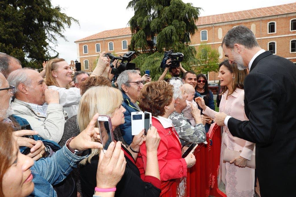 Los Reyes entregan este martes en Alcalá de Henares el Premio Cervantes