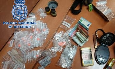Detenida una menor por traficar con drogas en el parque del Retiro