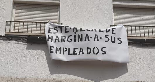Los trabajadores municipales de Los Santos de la Humosa, en pie de guerra
